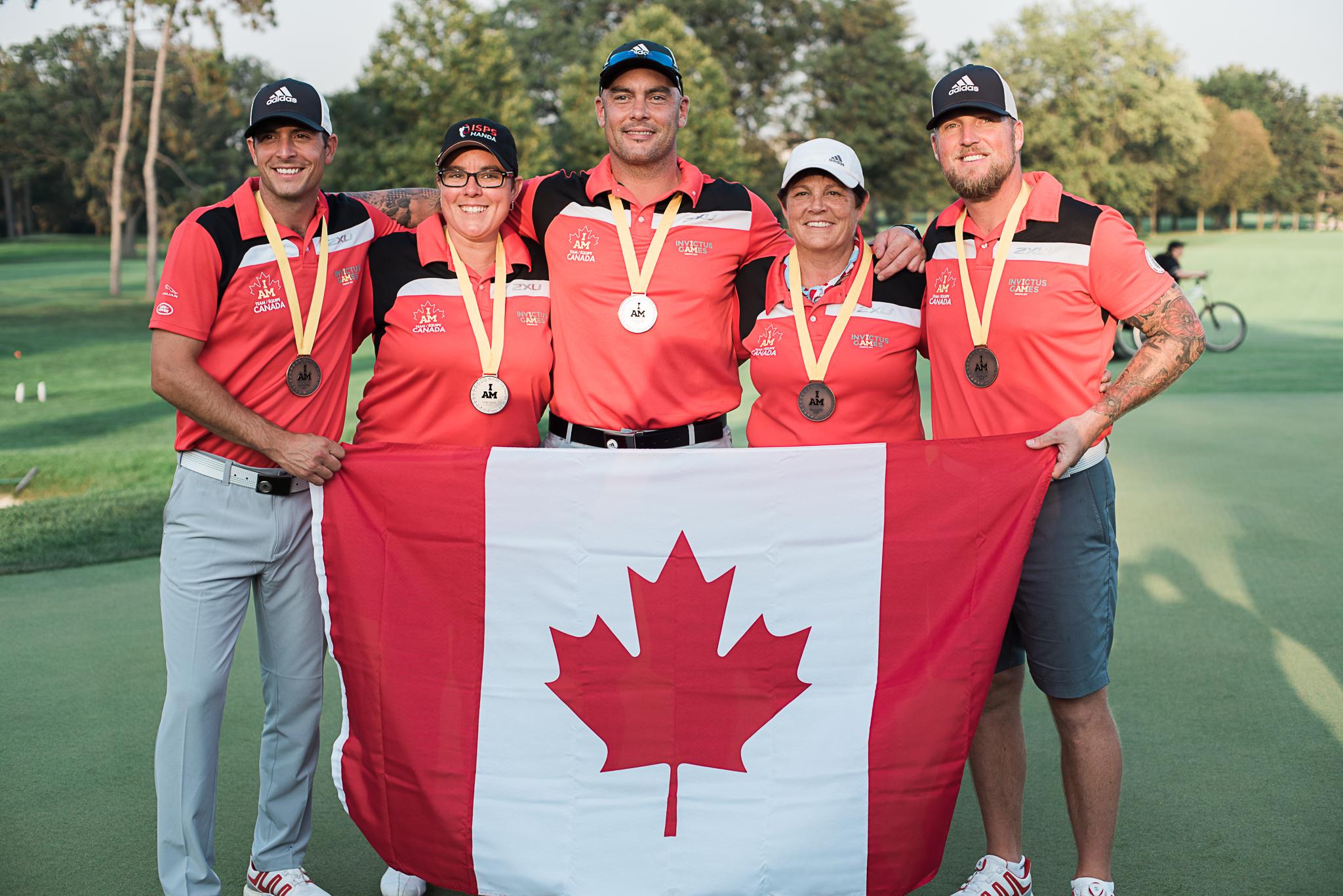 Team Canada golf medalists.